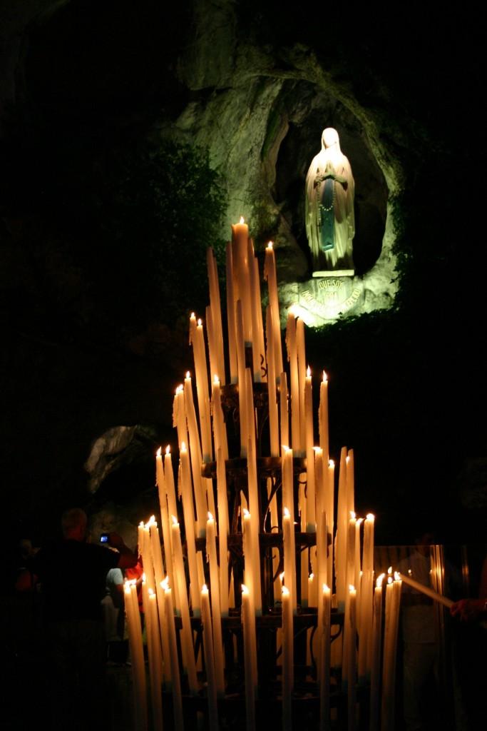 IMG_9614 La Vierge à la grotte