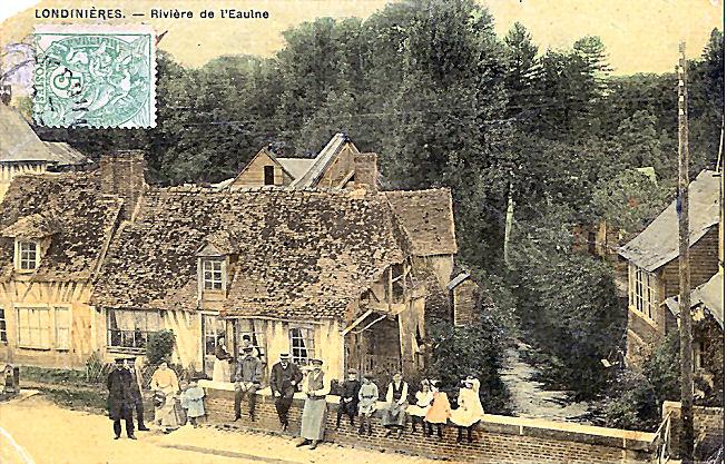 13 Le pont de pierre en 1911 (emplacement de l'actuel restaurant)