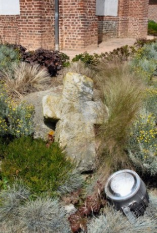 Les croix de pierre de Fresnoy-Folny 1