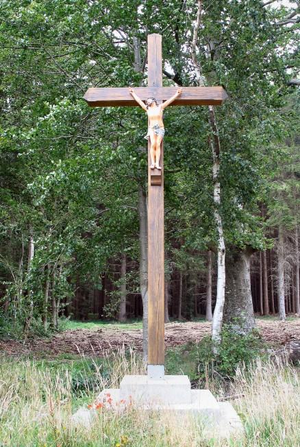 Nouvelle Croix des Trois Frères erigée en 2010